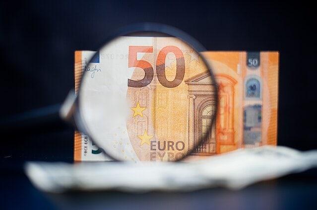 Pratęstas mokesčių nemokėjimo terminas Covid -19 paveiktiems verslams